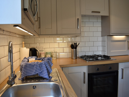 Kitchen in the holiday let Gatehouse