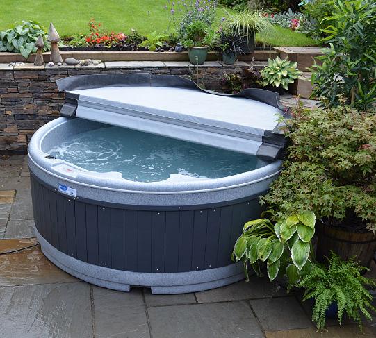 Hot Tub at Nutley Farm